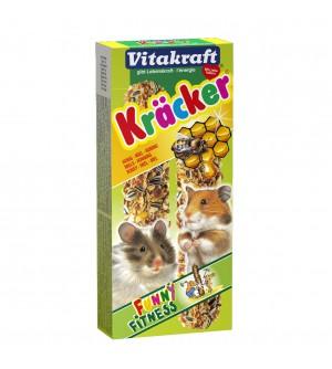 Vitakraft Kracker Žiurkėnų gardėsis su medumi ir kviečiais.