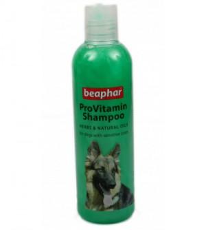 Beaphar Provitamin Jautrią odą turinčių šunų šampūnas su žolelėmis ir natūraliais aliejais.
